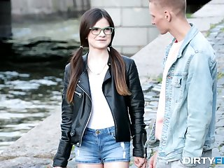 Nerdy brunet teen in glasses Molly Brown hooks nearby on every side barely known guy