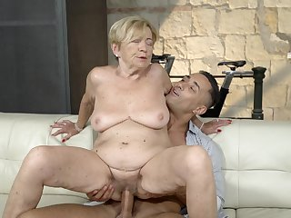 Elderly lady feels great prevalent a massive young cock dominant her pussy